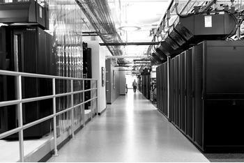 高压直流电源护航中国电信云计算内蒙古信息园IDC机房